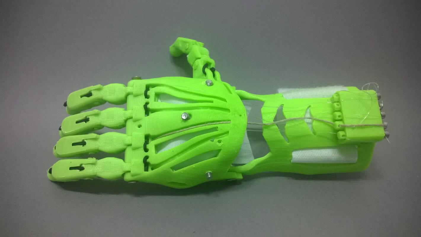 protesis-CyborgBeast_01