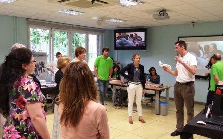 En Tknika, explicando a profesores norteamericanos aplicaciones de la impresión 3d